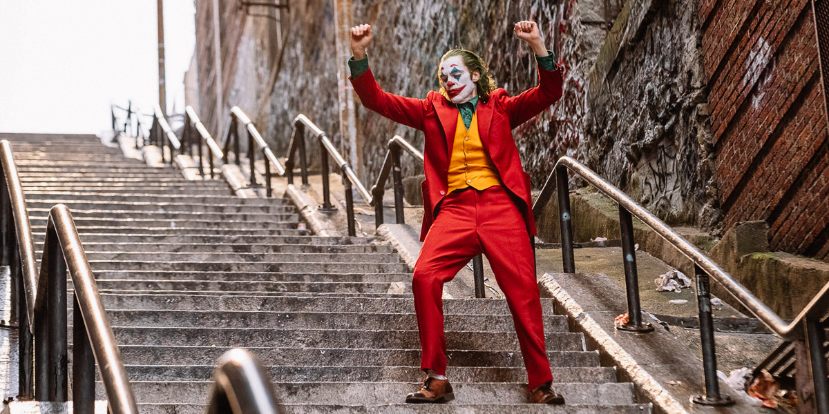 'Joker' Official Trailer: Joaquin Phoenix Is a Full-Blown Oscar Hopeful