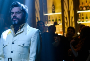 "LEGION -- ""Chapter 25"" - Season 3, Episode 6 (Airs Mon, July 29, 10:00 pm/ep) -- Pictured: Jemaine Clement as Oliver Bird. CR: Suzanne Tenner/FX"