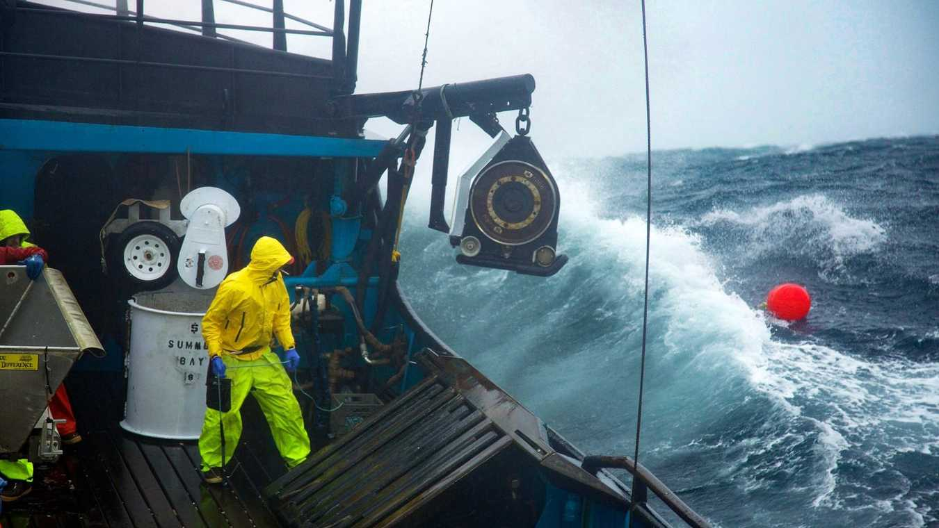 8 Ways the 'Deadliest Catch' Camera Crew Survives the Hardest Job In TV and Still Gets a Great Image