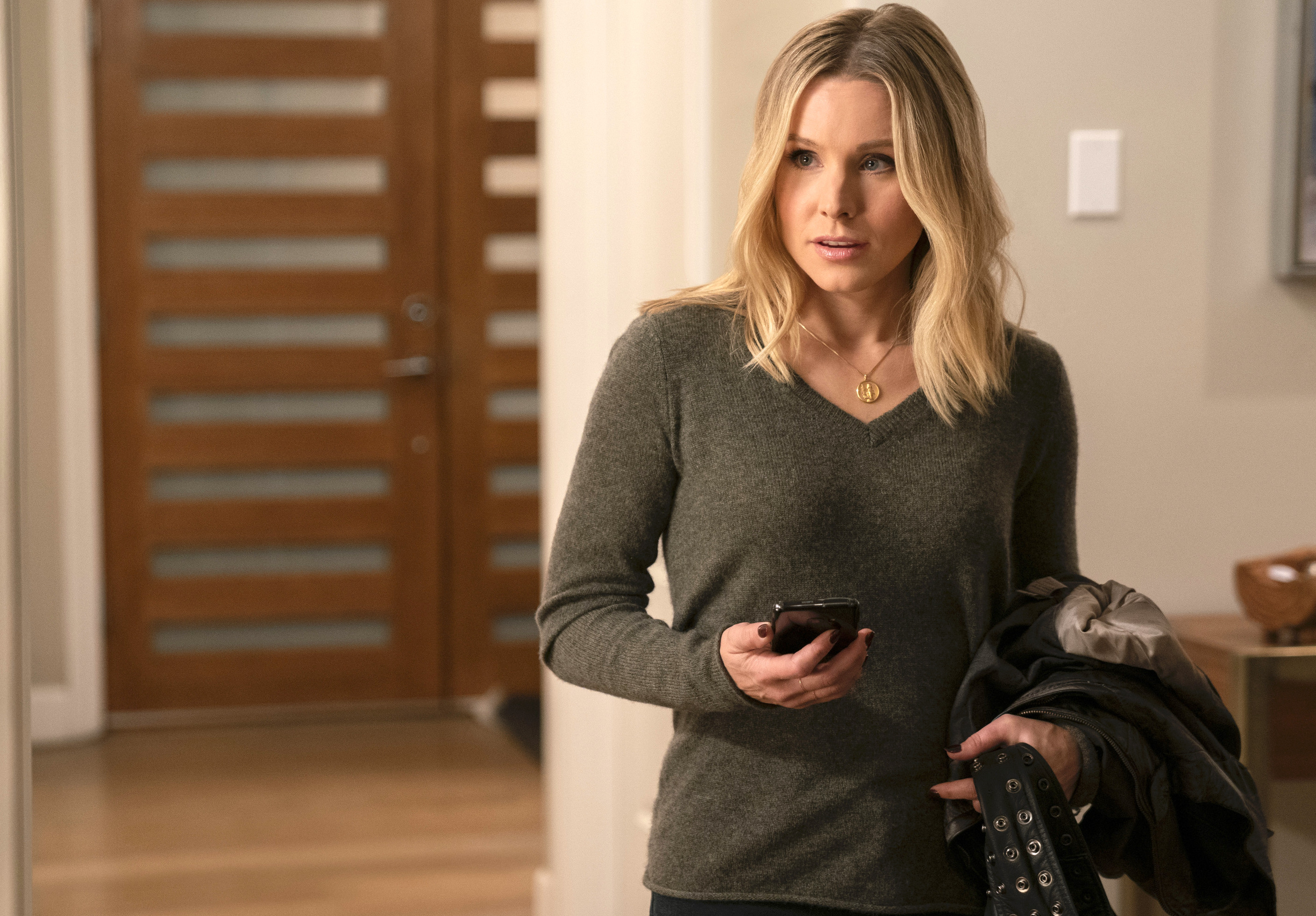 'Veronica Mars' to 'The OA': How the Surprise Release Model Impacts Show Success