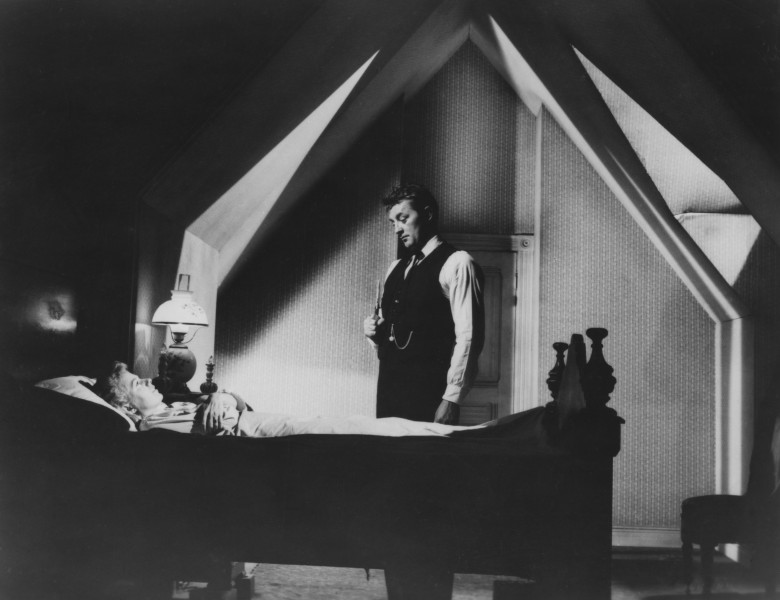 Editorial use only. No book cover usage.Mandatory Credit: Photo by United Artists/Kobal/Shutterstock (5884016c)Shelley Winters, Robert MitchumThe Night Of The Hunter - 1955Director: Charles LaughtonUnited ArtistsUSAScene StillMystery/SuspenseLa Nuit du chasseur
