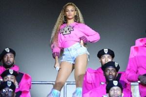 Beyoncé Loses to 'Carpool Karaoke' in Head-Scratching Emmys Snub