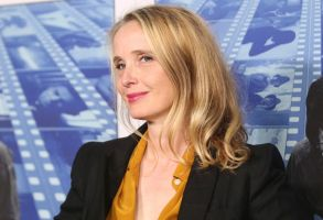 """Julie Delpy arrives at the Los Angeles premiere of """"Spielberg"""" at Paramount Studios onLA Premiere of """"Spielberg"""", Los Angeles, USA - 26 Sep 2017"""