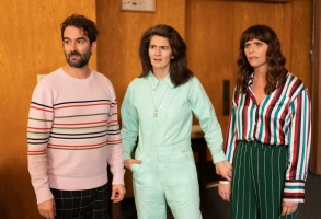 "Transparent finale Jay Duplass, Gaby Hoffman, and Amy Landecker in ""Transparent"""