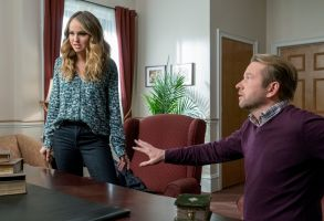 Editorial use only. No book cover usage.Mandatory Credit: Photo by Tina Rowden/Netflix/Kobal/Shutterstock (9794574ap)Debby Ryan as Patty Bladell, Dallas Roberts as B Armstrong'Insatiable' TV Show Season 1 - 2018