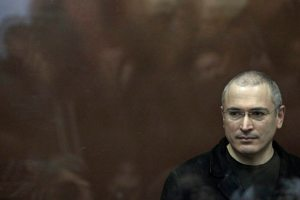 'Citizen' K Review: Alex Gibney's Riveting Documentary Untangles Putin's Rise to Power