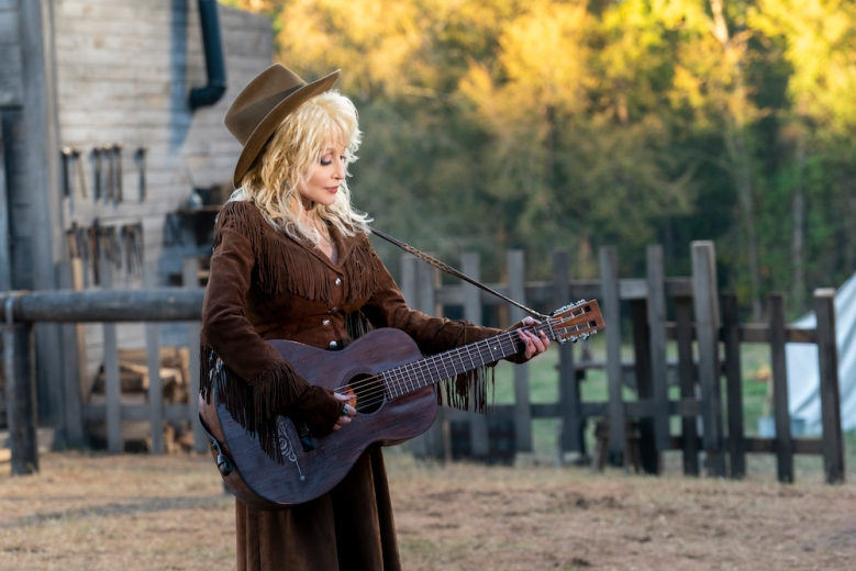 DOLLY PARTON'S HEARTSTRINGS