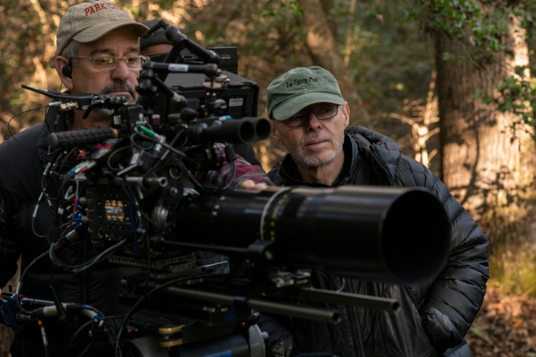4130_D017_00052B Camera operator Kim Marks and Cinematographer John Toll on the set of HARRIET,a Focus Features release.Credit: Glen Wilson / Focus Features