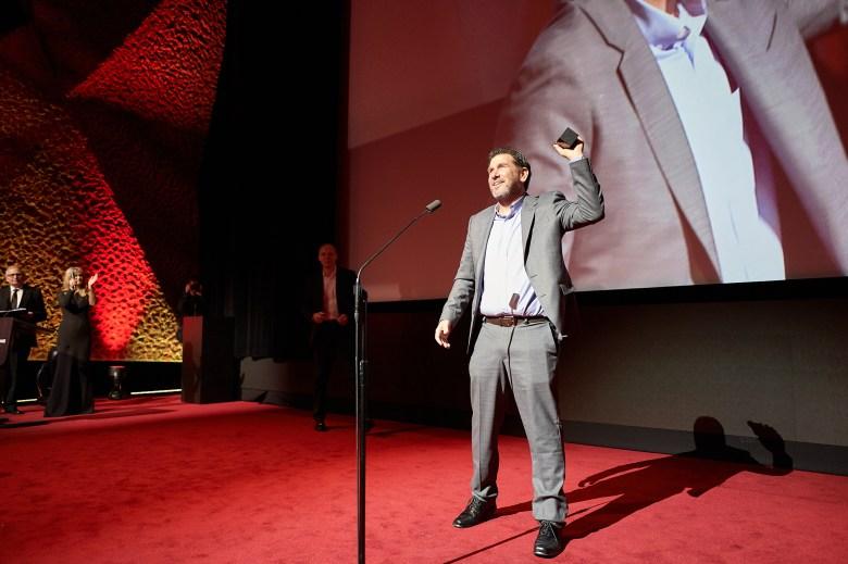 """""""Joker"""" cinematographer Lawrence Sher winning the Golden Frog"""