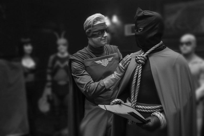Watchmen Episode 6 Captain Metropolis Hooded Justice