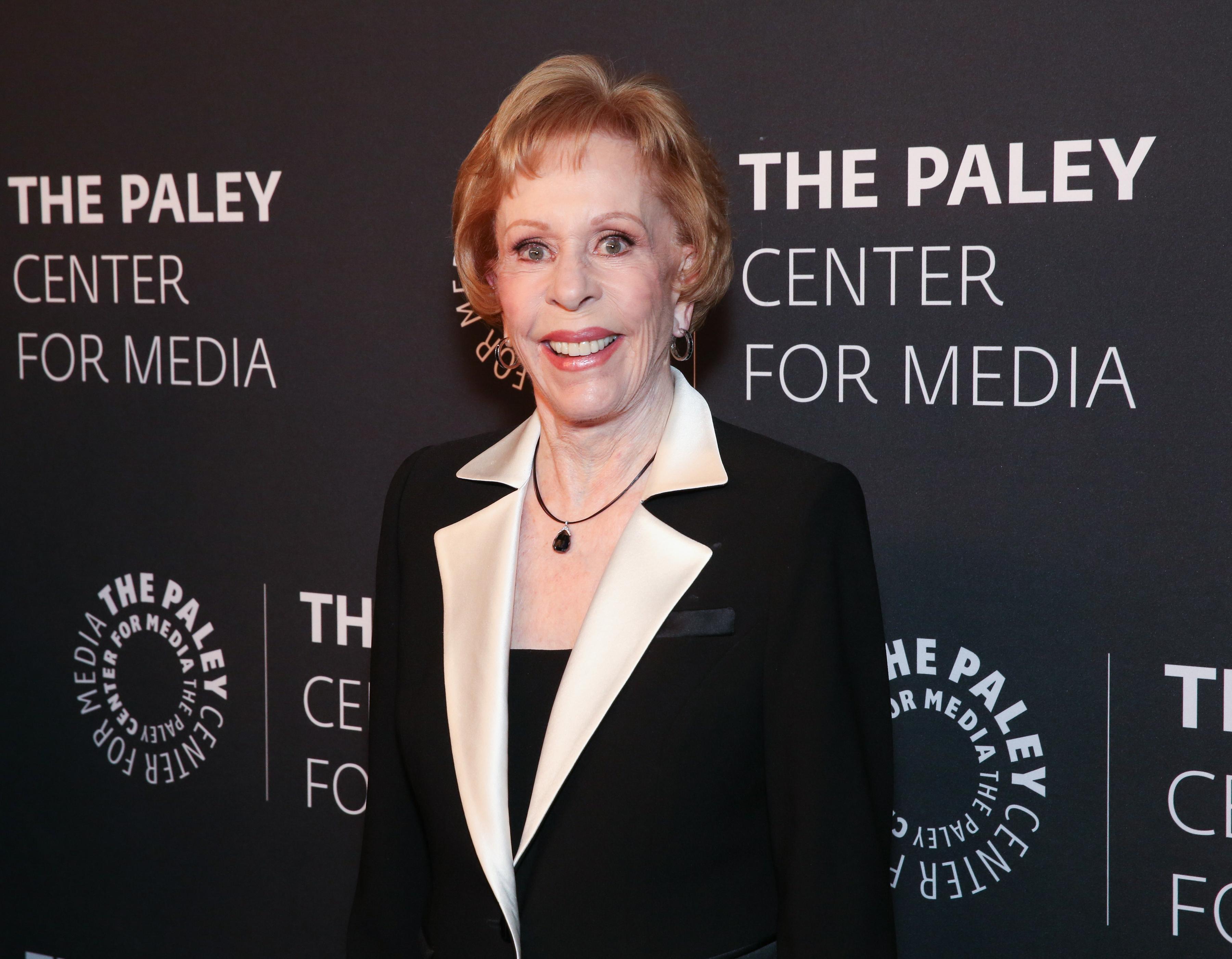 Carol Burnett Broke Down Comedy Barriers For Women That TV Is Determined to Rebuild