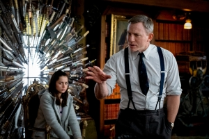 'Knives Out': Rian Johnson Explains How He Built a Modern Murder Mystery (Spoilers)