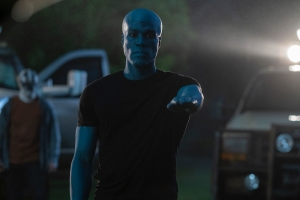'Watchmen': How the VFX Team Created the Looking Glass Mask and Doctor Manhattan's Blue Glow