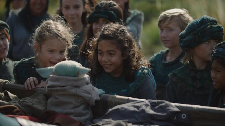 The Mandalorian Baby Yoda children Episode 4
