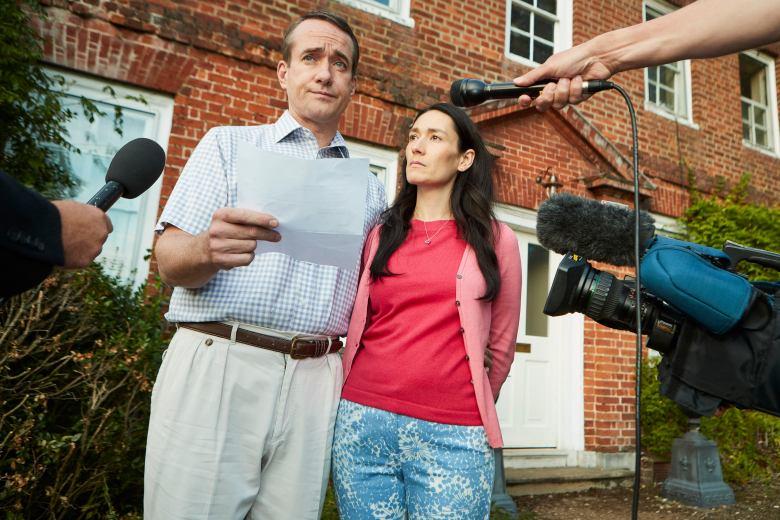 Matthew Macfadyen as Charles, Sian Clifford as Diana - Quiz _ Season 1 - Photo Credit: Matt Frost/ITV/AMC