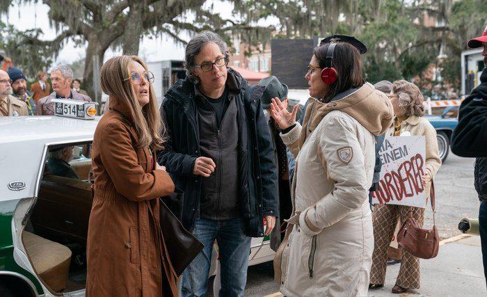 """The Glorias"" Dp Rodrigo Prieto with director Julia Taymor and Julianne Moore"