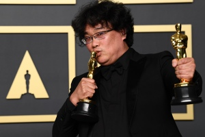 Bong Joon Ho Reflects on Why Everyone Loves His Film: 'I'm Just a Very Strange Person'