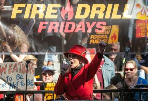 Jane Fonda leads a Fire Drill Fridays rally, calling for action to address climate change at Los Angeles City Hall . A half-century after throwing her attention-getting celebrity status into Vietnam War protests, Fonda is now doing the same in a U.S. climate movement where the average age is 18Climate Protest Fonda, Los Angeles, USA - 07 Feb 2020