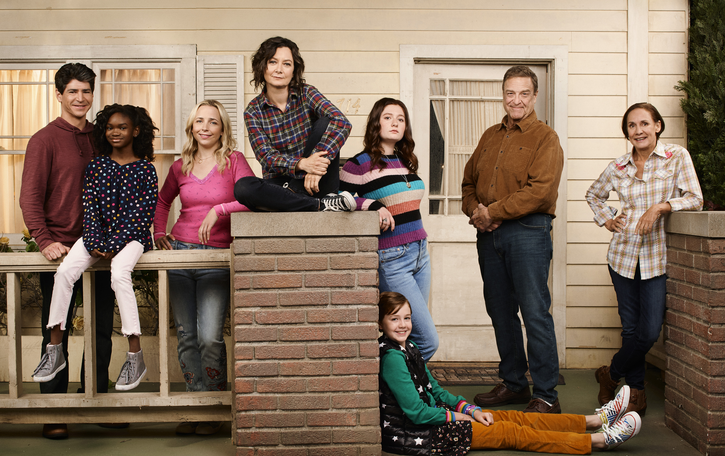 """Where & How to Watch, Livestream Tonight's Live """"The Conners"""" Episode 