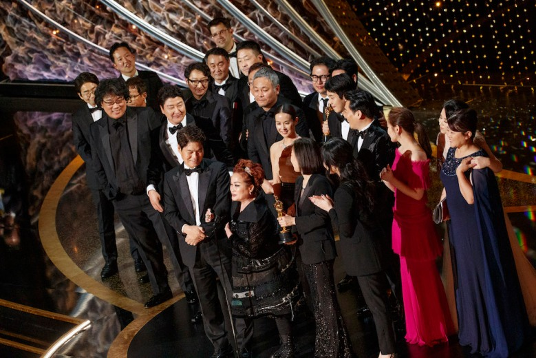 THE OSCARS® - The 92nd Oscars® broadcasts live on Sunday, Feb. 9,2020 at the Dolby Theatre® at Hollywood & Highland Center® in Hollywood and will be televised live on The ABC Television Network at 8:00 p.m. EST/5:00 p.m. PST. (ABC/ARTURO HOLMES)BONG JOON HO, KWAK SIN AE, CAST AND CREW OF PARASITE