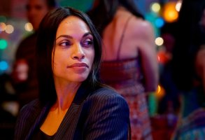 "BRIARPATCH -- ""Snap, Crackle, Pop"" Episode 102 -- Pictured: Rosario Dawson as Allegra Dill -- (Photo by: Richard Foreman/USA Network)"