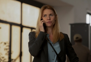 "Claire Danes as Carrie in HOMELAND, ""Catch & Release"". Photo Credit: Sifeddine Elamine/SHOWTIME."