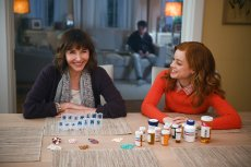 "ZOEY'S EXTRAORDINARY PLAYLIST -- ""Pilot"" Episode 101 -- Pictured: (l-r) Mary Steenburgen as Maggie, Jane Levy as Zoey -- (Photo by: Sergei Bachlakov/NBC)"