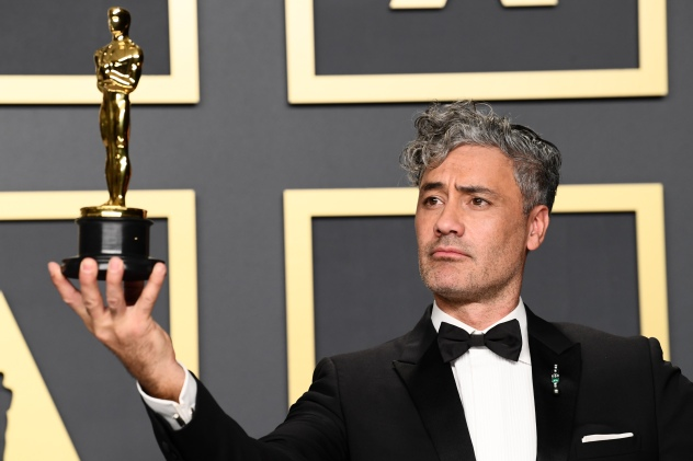 After Oscar Win, Taika Waititi Eyes a Gory, Psychedelic Hollywood Satire Starring Jude Law