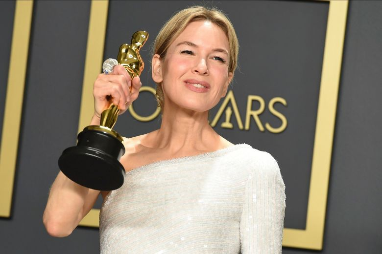 """Renee Zellweger, winner of the award for best performance by an actress in a leading role for """"Judy"""", poses in the press room at the Oscars, at the Dolby Theatre in Los Angeles92nd Academy Awards, Los Angeles, USA - 09 Feb 2020"""