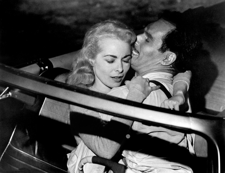 Editorial use only. No book cover usage. Mandatory Credit: Photo by Universal/Kobal/Shutterstock (5885740s) Janet Leigh, Charlton Heston Touch Of Evil - 1958 Director: Orson Welles Universal USA Scene Still Mystery/Suspense La Soif du mal