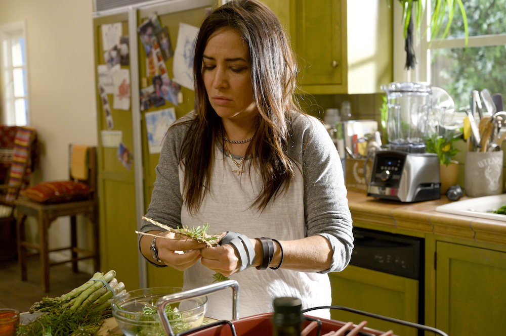 "Better Things Season 4 ""What's good, Shannon?"" Episode 2 (Airs Thursday, March 5) -- Pictured: Pamela Adlon as Sam Fox. CR: Suzanne Tenner/FX"