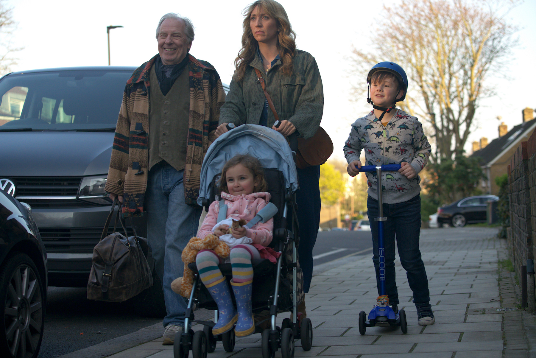 """BREEDERS """"No Places"""" Episode 2 (Airs Monday, March 2) -- Pictured: (l-r) Michael McKeon as Michael, Jayda Eyles as Ava, Daisy Haggard as Ally, George Wakeman as Luke. CR: Miya Mizuno/FX"""
