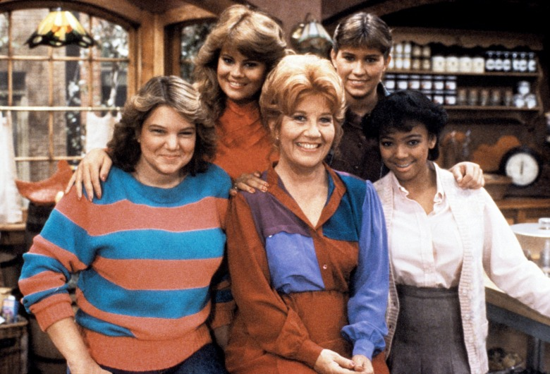 THE FACTS OF LIFE, Mindy Cohn, Lisa Whelchel, Charlotte Rae, Nancy McKeon, Kim Fields, 1979-88.