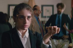 'Shiva Baby': Emma Seligman Combined Personal Experience and Finely Detailed Craft for Acclaimed Debut