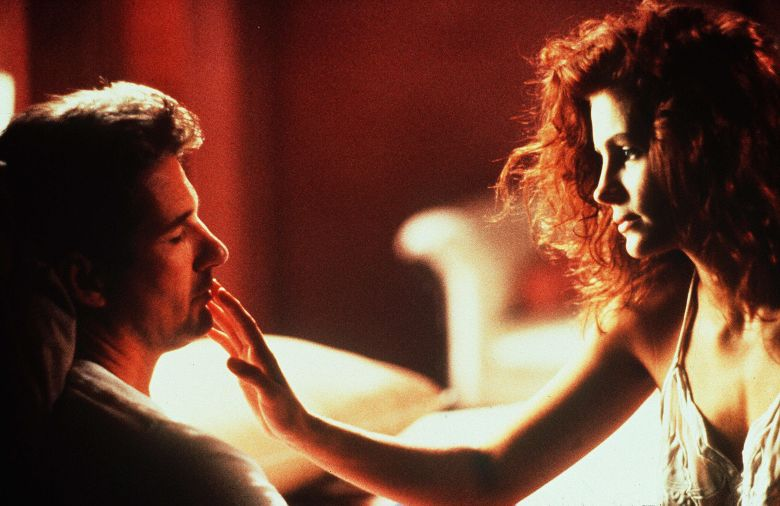 Editorial use only. No book cover usage.Mandatory Credit: Photo by Touchstone/Kobal/Shutterstock (5884486i)Richard Gere, Julia RobertsPretty Woman - 1990Director: Garry MarshallTouchstone PicturesUSAScene StillComedy