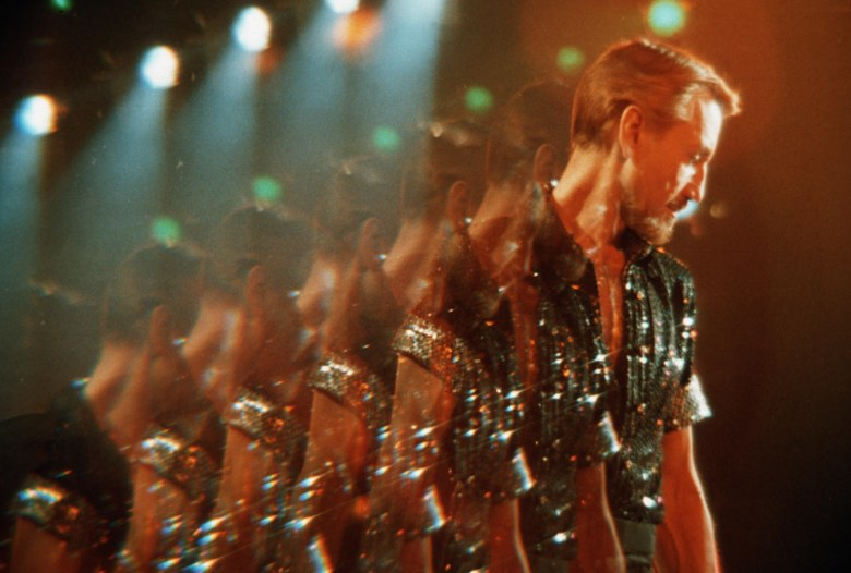 Editorial use only. No book cover usage.Mandatory Credit: Photo by 20th Century Fox/Columbia/Kobal/Shutterstock (5884957ah)Roy ScheiderAll That Jazz - 1979Director: Bob Fosse20th Century Fox/ColumbiaUSAScene StillMusicalQue le spectacle commence