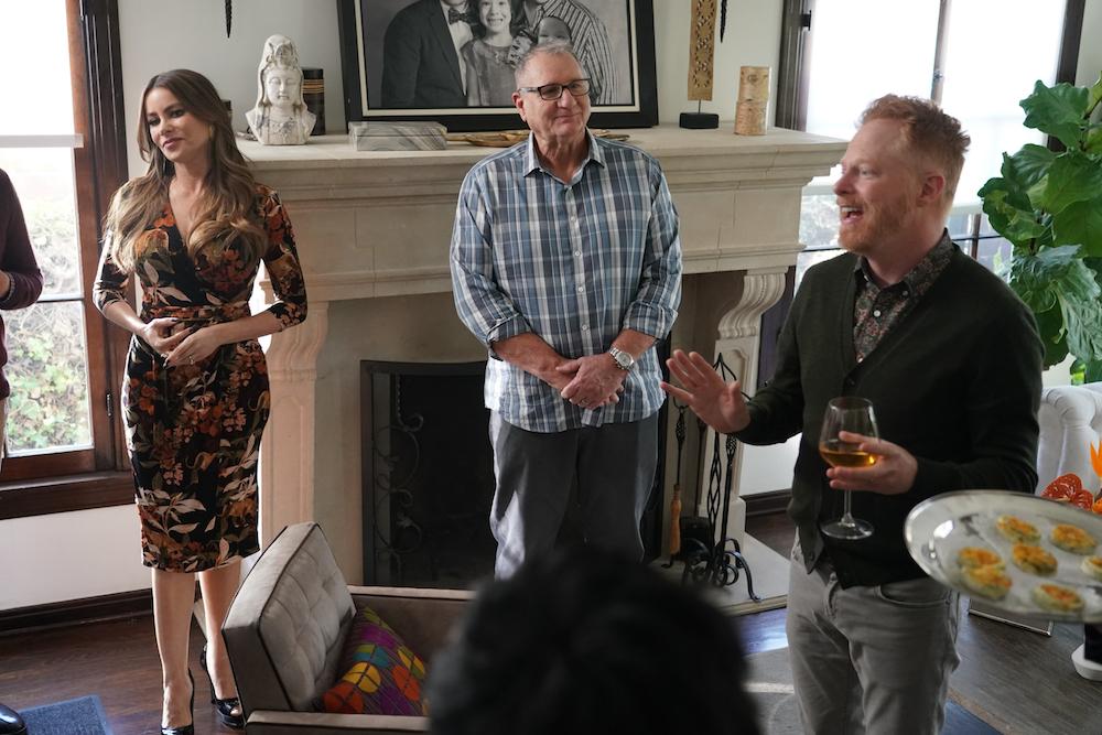 "Sofia Vergara, Ed O'Neill, and Jesse Tyler Ferguson in ""Modern Family"" series finale ABC"