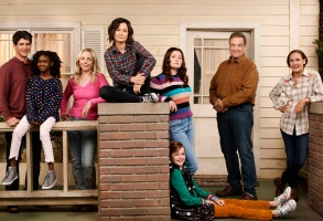 "THE CONNERS - ABC's ""The Conners"" stars Michael Fishman as D.J. Conner, Jayden Rey as Mary Conner, Lecy Goranson as Becky Conner-Healy, Sara Gilbert as Darlene Conner, Emma Kenney as Harris Conner-Healy, Ames McNamara as Mark Conner-Healy, John Goodman as Dan Conner, and Laurie Metcalf as Jackie Harris. (ABC/Andrew Eccles)"