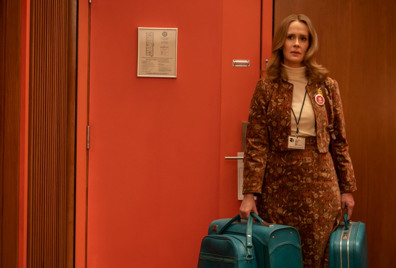"MRS. AMERICA -- ""Houston"" --Episode 8 (Airs May 20) Pictured: Sarah Paulson as ""Alice"". CR: Sabrina Lantos/FX"