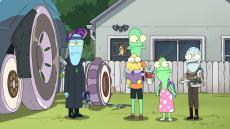 """""""Solar Opposites"""" Family Pupa"""