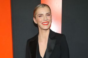 Betty Gilpin Is One of the Most Exacting and Outrageous Actors Out There — Awards Spotlight