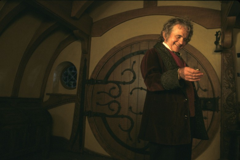 Editorial use only. No book cover usage.Mandatory Credit: Photo by Moviestore/Shutterstock (1641481a)The Lord Of The Rings: The Fellowship Of The Ring, Ian Holm, Bilbo Baggins (Character)Film and Television