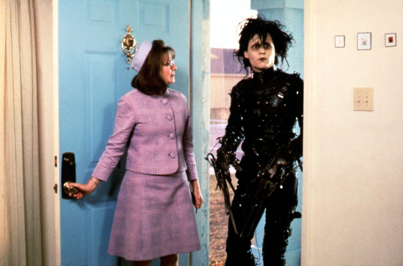 Editorial use only. No book cover usage.Mandatory Credit: Photo by Moviestore/Shutterstock (1565801a)Edward Scissorhands, Dianne Wiest, Johnny DeppFilm and Television