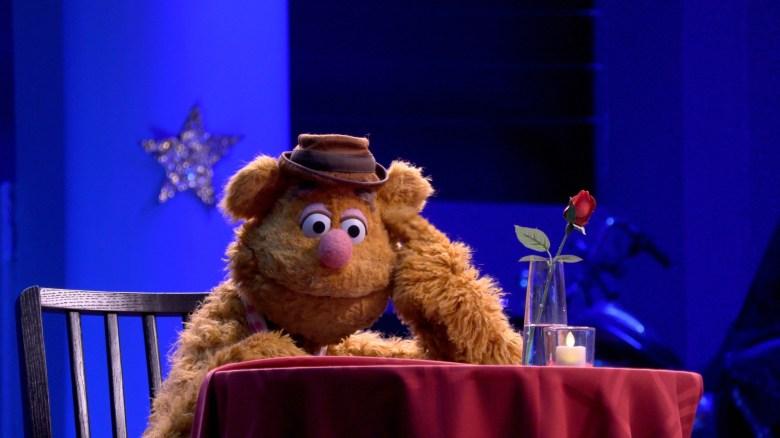 Muppets Now Disney Plus Fozzie Bear