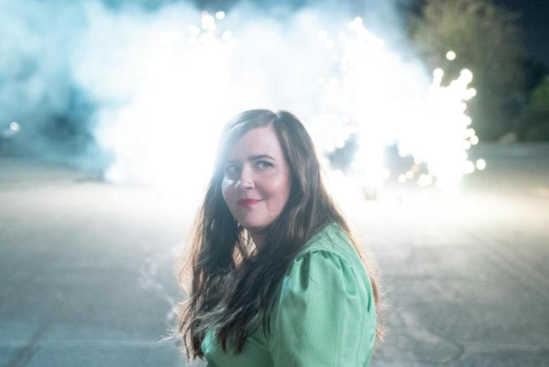 "SHRILL -- ""HR"" - Episode 208 - Annie finally deals with the parts of her life that still challenge her—Ryan and her mom. Fran realizes she doesn't need to be dependent on relationships, she just needs to celebrate herself. Annie (Aidy Bryant), shown. (Photo by: Allyson Riggs/Hulu)"