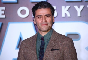 Actor Oscar Isaac poses for photographers upon arrival at the premiere for the film 'Star Wars: The Rise of Skywalker', in central London, Wednesday, Dec. 18, 2019. (Photo by Joel C Ryan/Invision/AP)