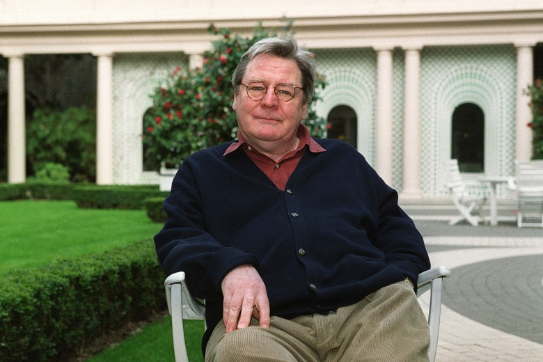 File picture - Sir Alan Parker Died At 76 - © Pierre Brucelle/ABACA. 17599-4. Paris, 6/3/2000. Director Alan Parker promoting the movie Angela's Ashes.(Sipa via AP Images)