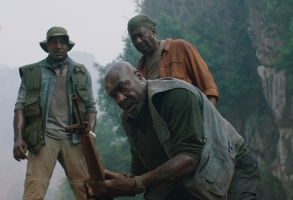 Delroy Lindo (center) stars inDa 5 Bloods as Paul, a Vietnam veteran whose conservative politics are driven by a sense of betrayal
