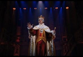 """Jonathan Groff as King George III in """"Hamilton"""""""