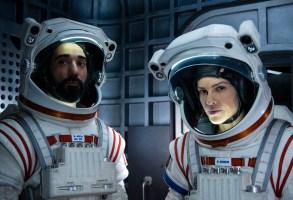 AWAY (L to R) RAY PANTHAKI as RAM ARYA and HILARY SWANK as EMMA GREEN, in episode 109 of AWAY. Cr. DIYAH PERA/NETFLIX © 2020